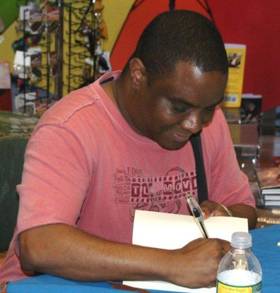 CLG, signing